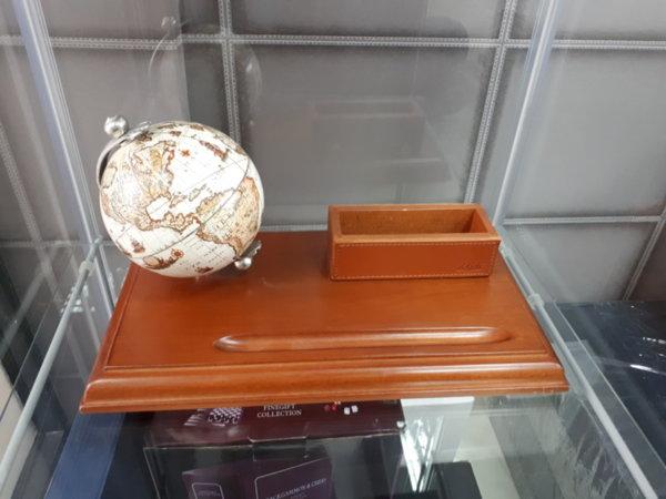Настолен комплект - глобус