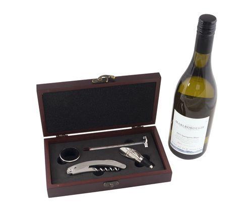 Вино комплект от 4 части в кутия