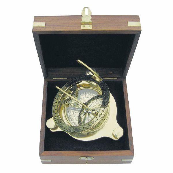 Компас Sea Club Sundial SC9030 в луксозна дървена кутия