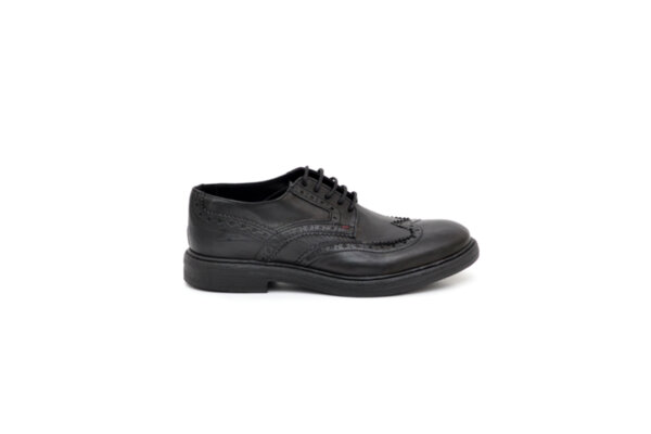 Ежедневни черни мъжки обувки от естествена кожа 15.3040