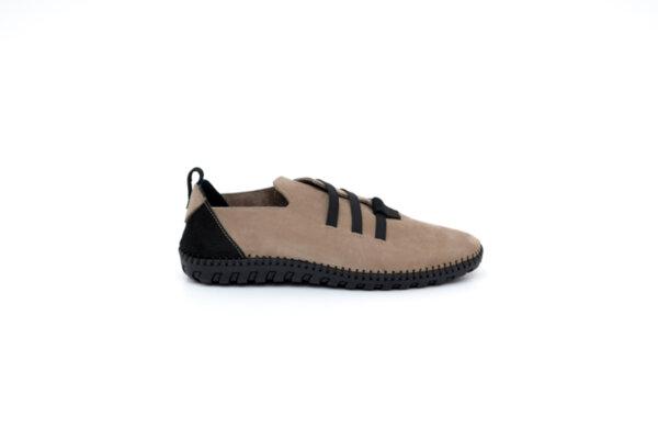 Ежедневни бежови мъжки обувки от естествен набук 55.315