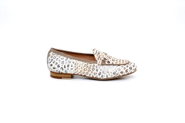 Ежедневни бежови дамски обувки от естествена кожа 48.425