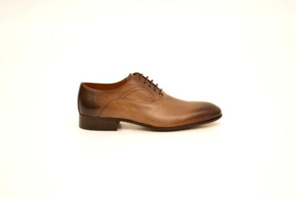 Елегантни камелени мъжки обувки от естествена кожа 18.1552
