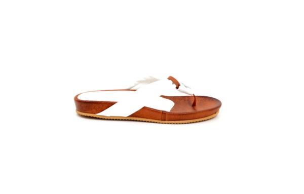 Дамски бели чехли от естествена кожа 40.201