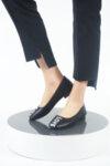 Ежедневни черни дамски обувки от естествена кожа 04.8600