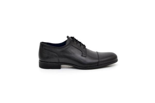 Елегантни черни мъжки обувки от естествена кожа 18.4008