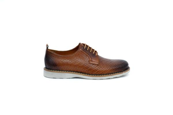 Ежедневни кафяви мъжки обувки от естествена кожа 18.27102