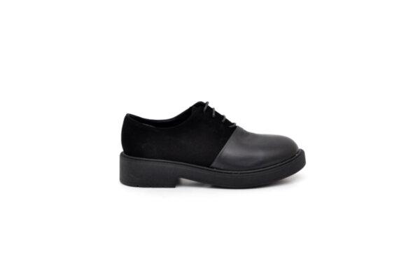 Ежедневни черни дамски обувки от естествена кожа и велур 01.5050