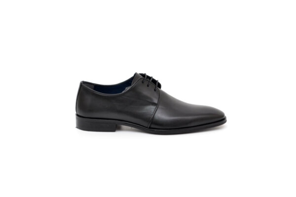 Елегантни черни мъжки обувки от естествена кожа 18.1201