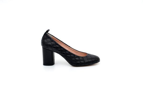 Елегантни черни дамски обувки от естествена кожа на висок ток 02.2199