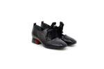 Ежедневни черни дамски обувки от естествен лак 29.11001