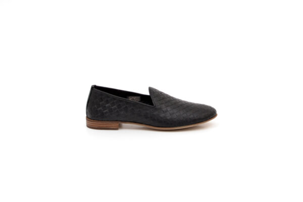 Ежедневни черни дамски обувки от естествена кожа 32.2003