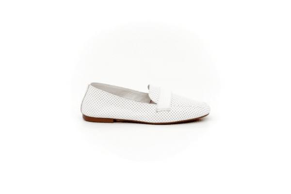 Ежедневни бели дамски обувки от естествена кожа 32.4068