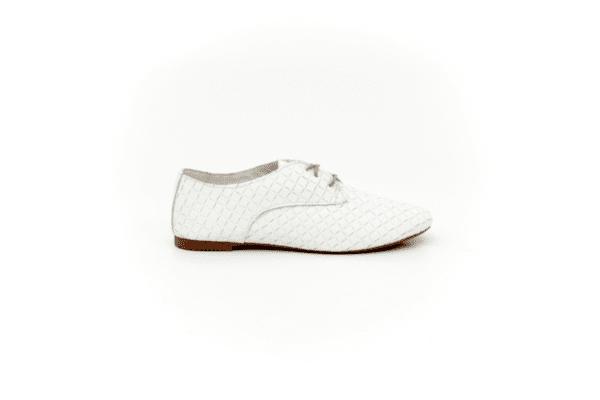 Ежедневни бели дамски обувки от естествена кожа 32.6046
