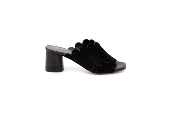 Дамски черни чехли от естествен велур на среден ток 02.1211