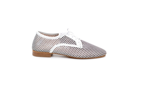 Ежедневни бели дамски обувки от естествена кожа 04.061