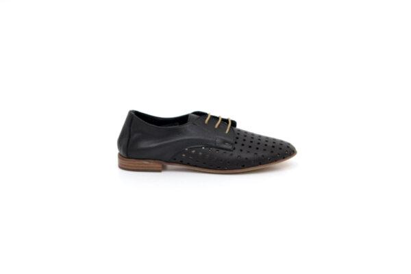 Ежедневни черни дамски обувки от естествена кожа 32.2006
