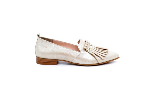 Ежедневни бежови дамски обувки от естествена кожа 04.346