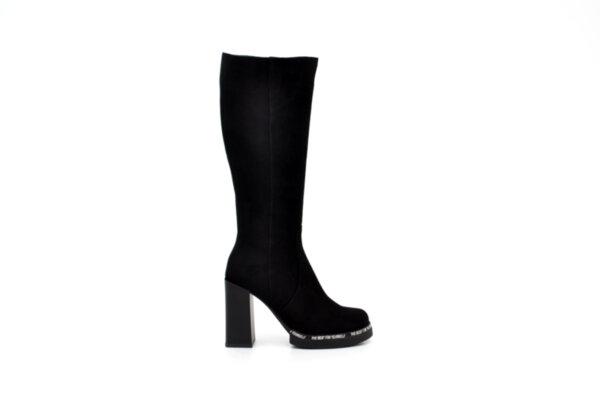 Елегантни черни дамски ботуши от естествен велур на висок ток 04.6086