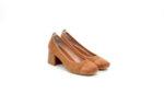 Ежедневни камелени дамски обувки от естествен велур на среден ток 02.1145