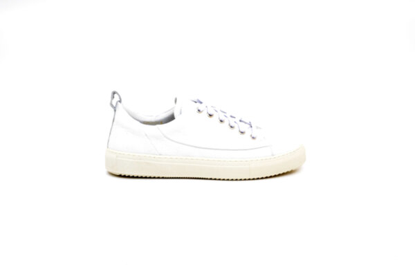 Спортни бели мъжки обувки от естествена кожа 14.81140