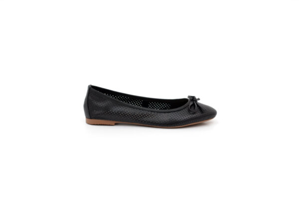Ежедневни черни дамски обувки от естествена кожа 32.6035