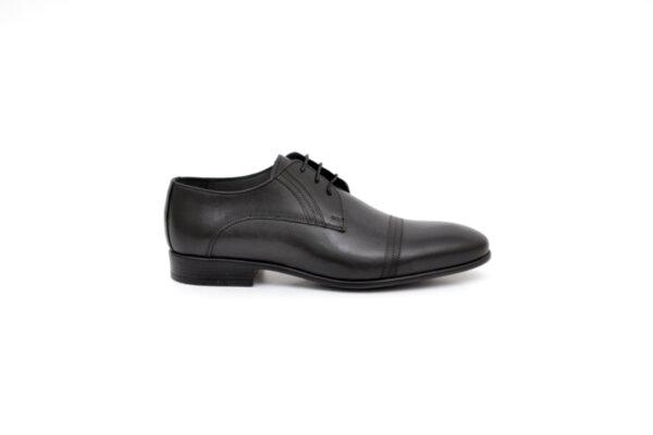 Елегантни черни мъжки обувки от естествена кожа 18.2640
