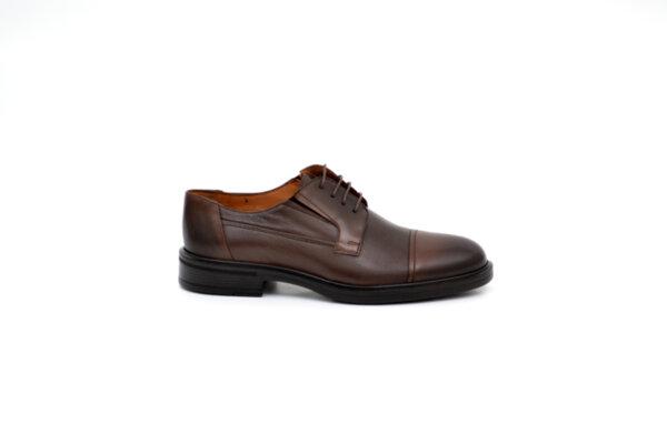 Елегантни кафяви мъжки обувки от естествена кожа 18.26504