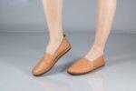 Ежедневни камелени дамски обувки от естествена кожа 55.305