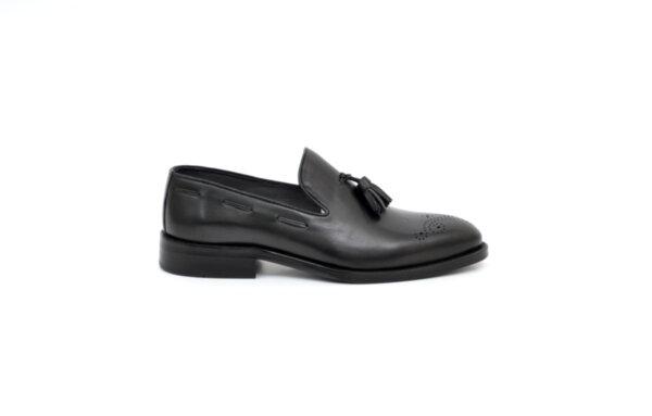 Елегантни черни мъжки обувки от естествена кожа 18.14