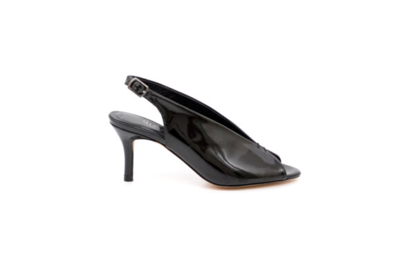 Елегантни черни дамски сандали от естествен лак на висок ток 01.2215