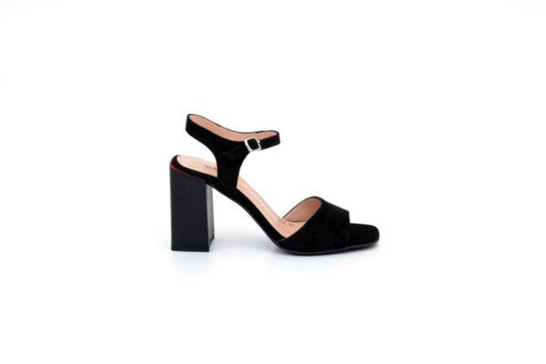Елегантни черни дамски сандали от естествен велур на висок ток 04.356