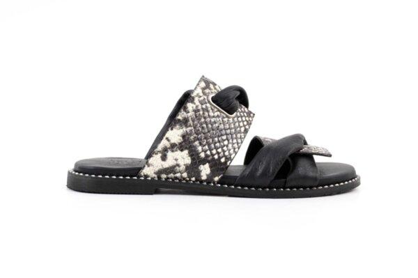 Дамски черни чехли от естествена кожа 01.3552