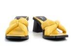 Дамски жълти чехли от естествена кожа на висок ток 04.7050