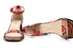 Елегантни червени дамски сандали от естествен лак на висок ток 29.15052