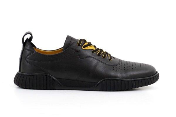Мъжки спортни черни обувки от естествена кожа 57.24203