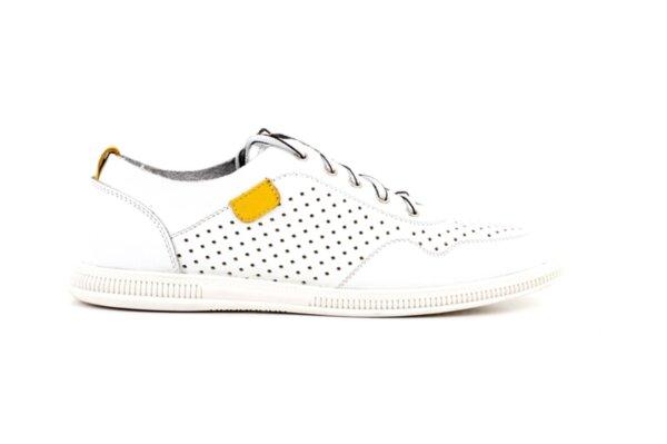 Мъжки бели спортни обувки от естествена кожа 57.925