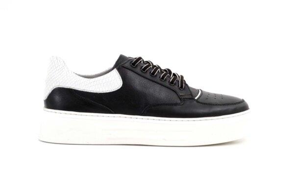 Мъжки спортни черни обувки от естествена кожа 57.19104