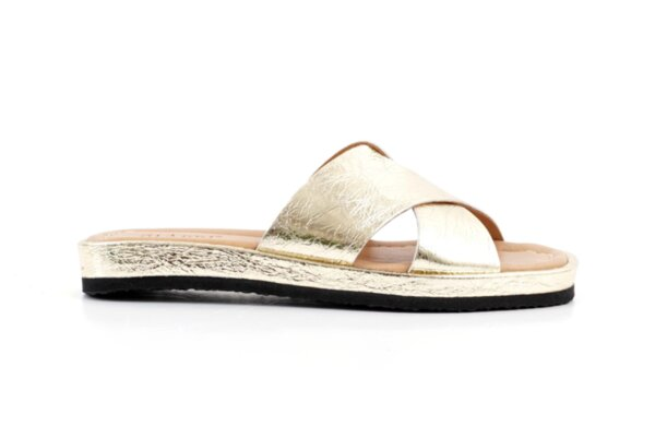 Дамски златни чехли от естествена кожа 06.33221