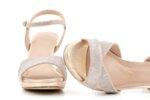 Елегантни златни дамски сандали от текстил на висок ток 47.22258