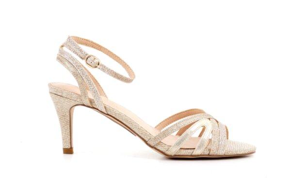 Елегантни златни дамски сандали от еко кожа на висок ток 47.21608