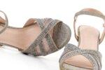 Елегантни сиви дамски сандали от текстил на висок ток 47.22271