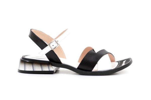 Ежедневни черни дамски сандали от естествена кожа 04.2035