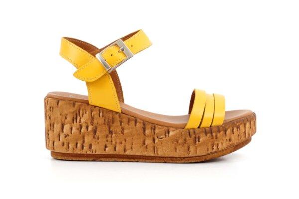 Ежедневни жълти дамски сандали от естествена кожа на висок ток 04.080