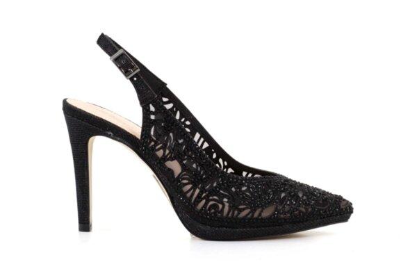 Елегантни черни дамски сандали от еко кожа на висок ток 47.22270