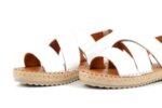 Ежедневни бели дамски сандали от естествена кожа 56.4536