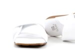 Дамски бели чехли от естествена кожа 56.2801