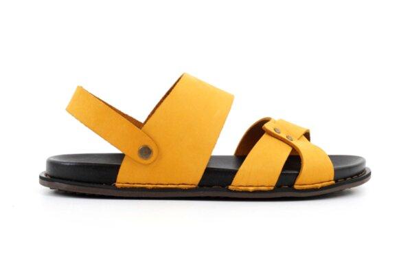 Ежедневни жълти мъжки сандали от естествен набук 57.313