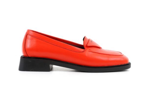 Ежедневни червени дамски обувки от естествена кожа 04.1903