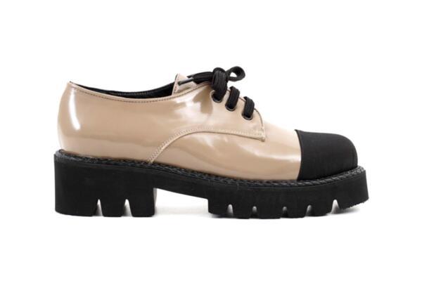 Ежедневни сиви дамски обувки от естествен лак 04.1294